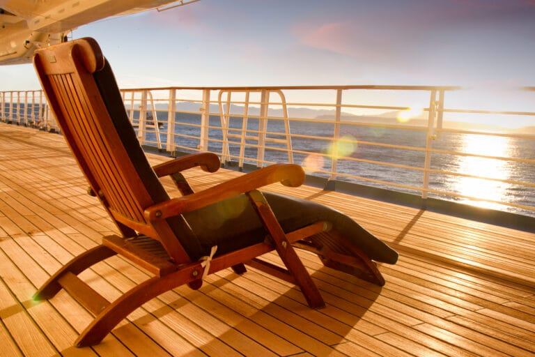 Cotting Wooden lounge chair